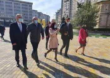 Ministrul Cseke Attila la pas prin Pitești 4