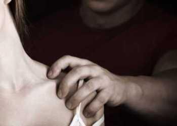 Argeșean reținut după ce și-a violat fiica de 28 de ani 5
