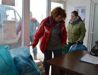 Anda Murgu a adus hrană și păturici