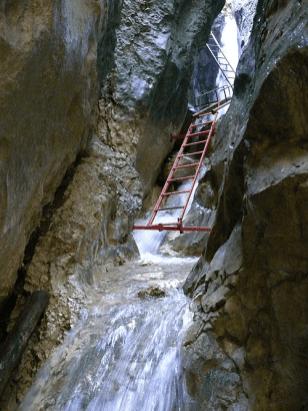 cascada tamina-2