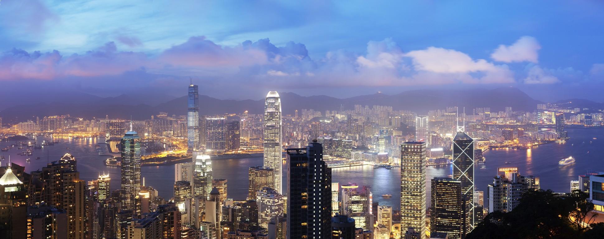 Hong Kong real estate market crashing?