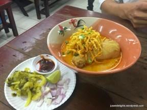 Khao Soi; Ruathong Noodles, Bangkok