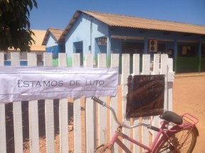 Escola onde menino estudava está de luto (Foto: Ísis Capistrano/ G1)
