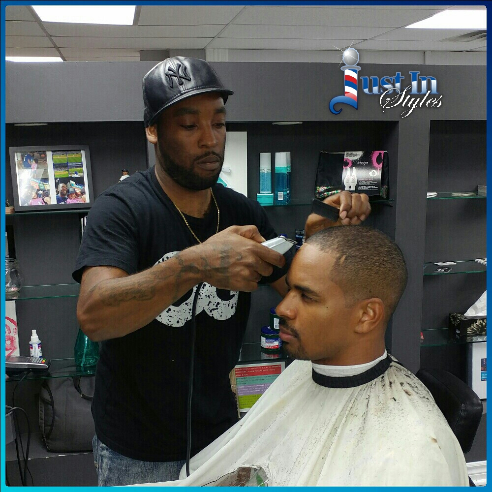 Celebrity Barber Returns To Full Time Schedule At Pierrefonds