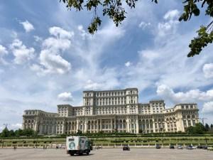 Parlamentspalast Außenansicht Bukarest Rumänien Tipp