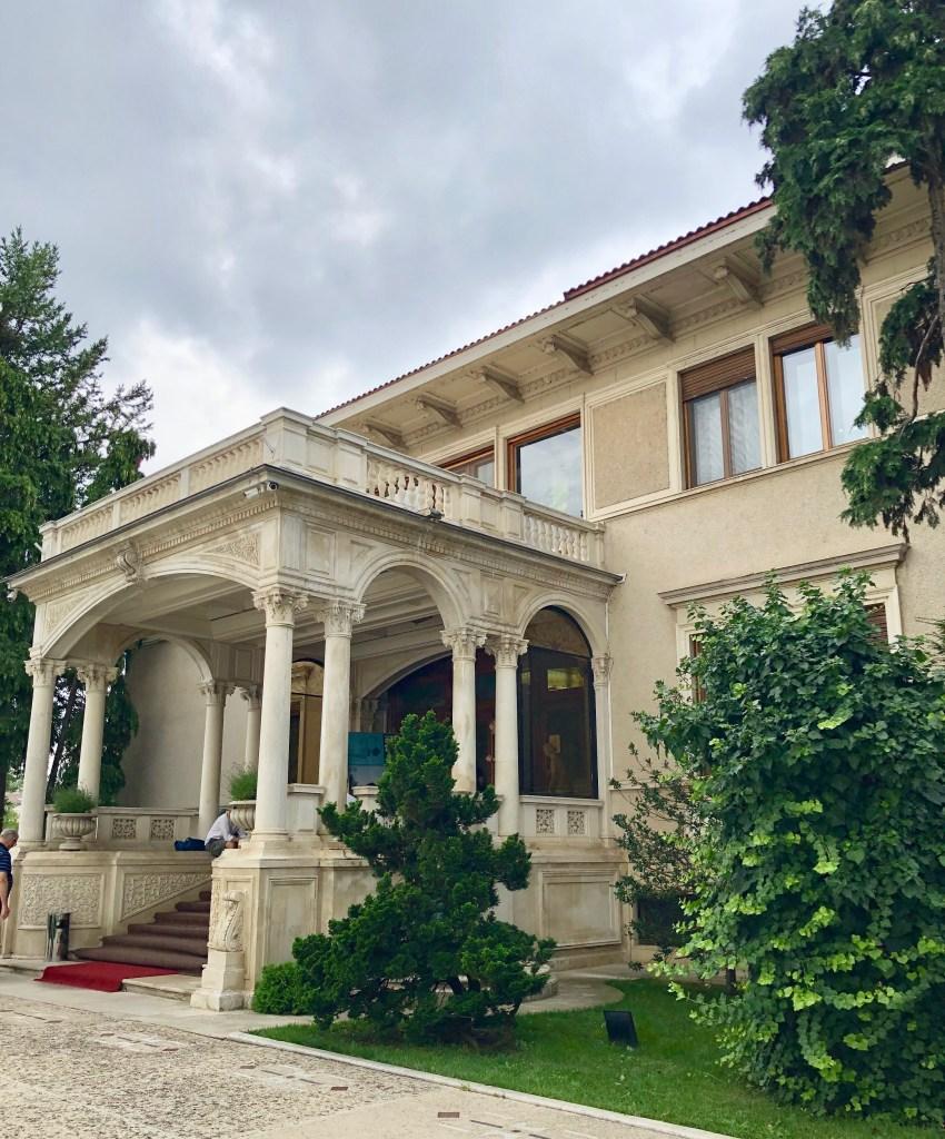 Ceaușescu Haus Außenansicht Bukarest Tipp