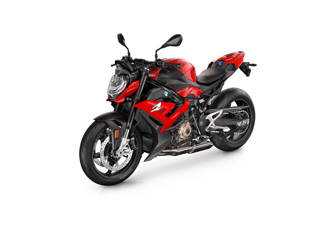 FEATURE - 2021 BMW S 1000 R