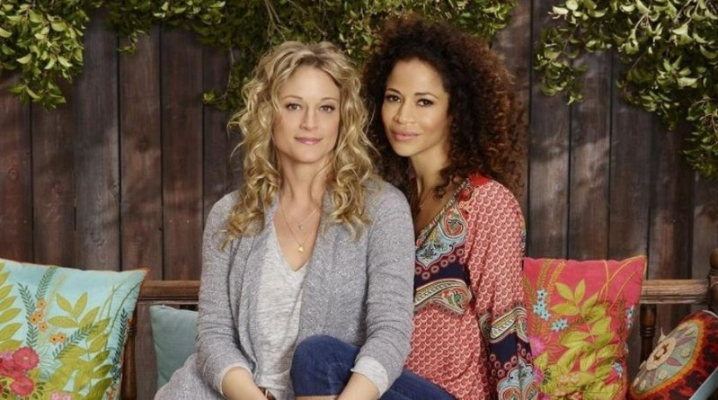 Teri Polo et Sherri Saum de retour dans le spin-off de The Fosters : Good Trouble