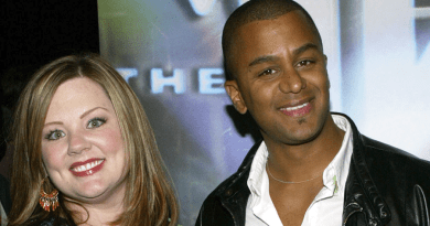 Gilmore Girls - Melissa McCarthy et Yanic Truesdale