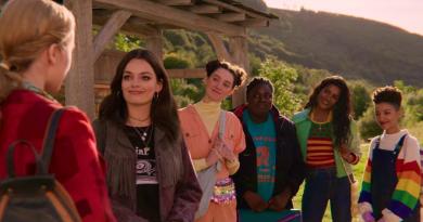 Sex Education : Netflix renouvelle la série !