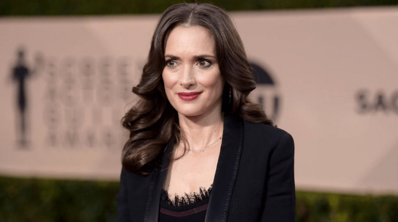 Winona Ryder (Stranger Things) rejoint le casting de The Plot Against America