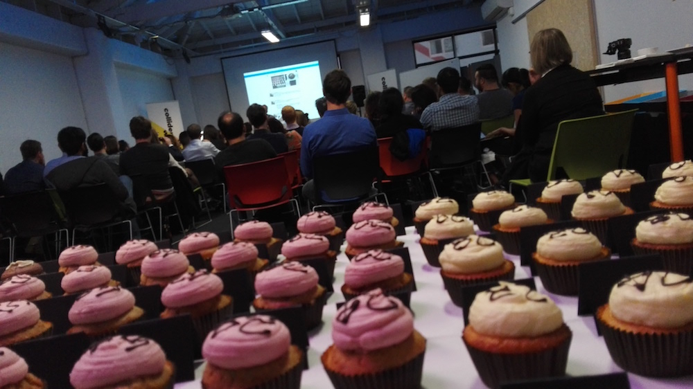 100 Collider : cupcake view