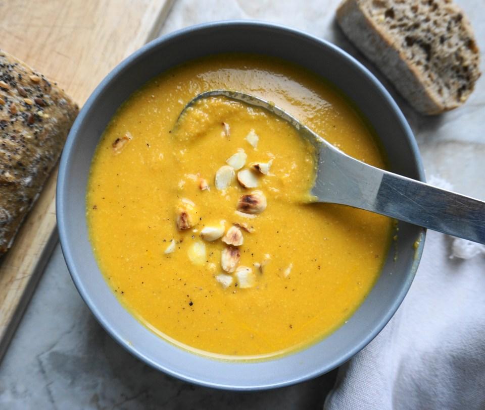 Carrot almond soup bite 2
