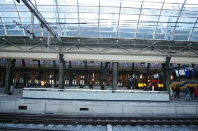 19. Amsterdam Central Track 10-11
