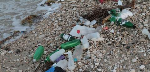 Photo-NBC News_beach_plastic