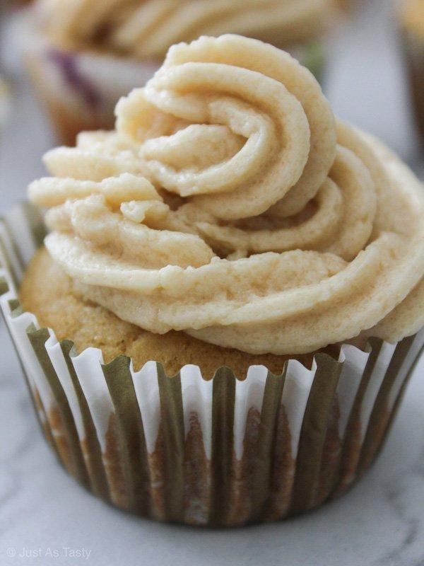Cream Soda Cupcakes – Gluten Free, Eggless