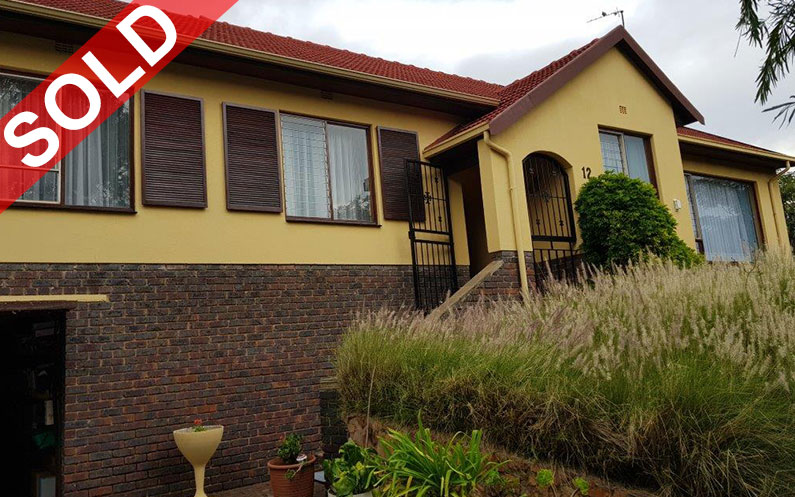 QUELLERINA, ROODEPOORT THREE BEDROOM HOME, FURNITURE, APPLIANCES, JEWELLERY AND VEHICLES