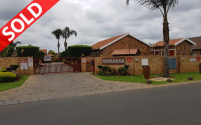 WILLOWBROOK (RUIMSIG) THREE BEDROOM TOWNHOUSE