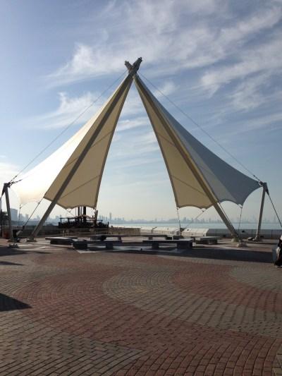 Symbolic structure along Arabian Gulf