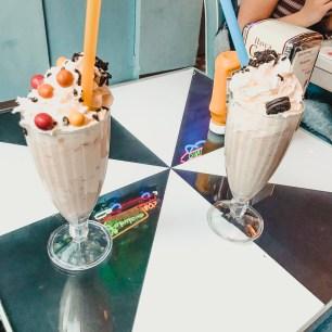 M&M & Oreo milkshake