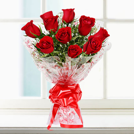 Handbunch of 10 Roses in Pune Designs, Images, Price
