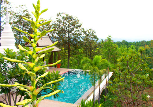 Mahasiddha_Retreat_Pool