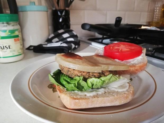 Nutree_life_italian_burger_vegan_violife