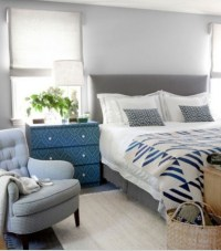 blue and gray rustic decor bedroom | just decorate!