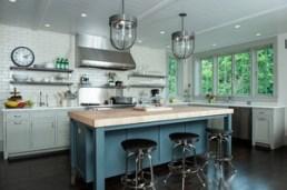 Simple mitre cut cabinet framing still tops consumer preference