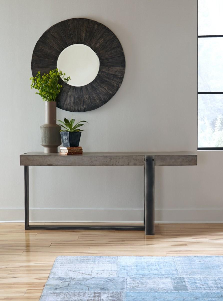 Decorating Formula for your Hallway Table Vignette  just