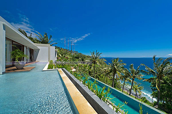 Malimbu Cliff Villa on Indonesia's Lombok Island (19)