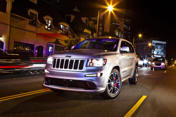 Jeep Grand Cherokee SRT Limited Edition white (10)