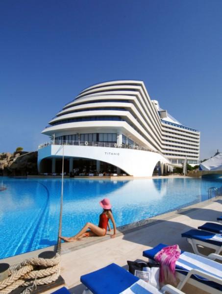 titanic-beach-lara -003