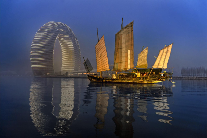 Sheraton Huzhou Hot Spring Resort by night