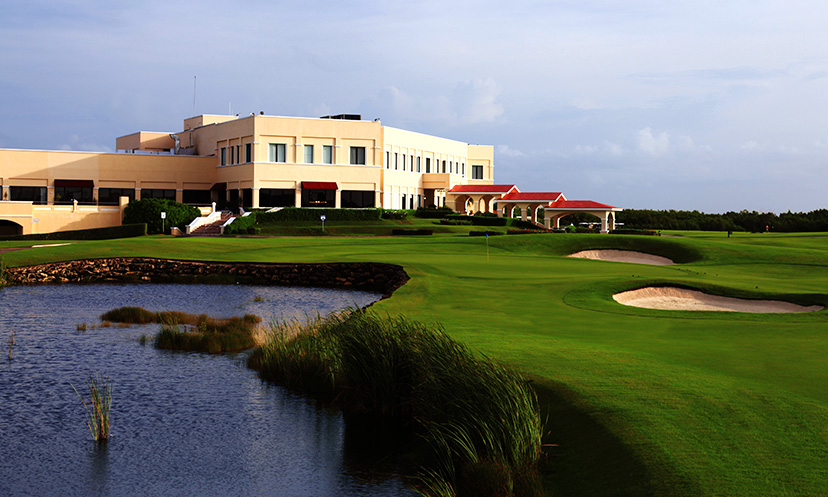 Le Blanc Spa Resort golf