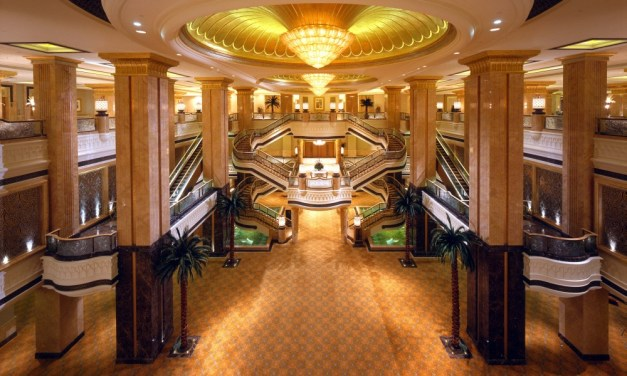 Kempinski Emirates Palace is One of The Most Expensive Hotel Properties