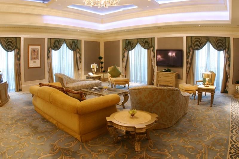 Print_Royal-Khaleej-Suite-Living-Room