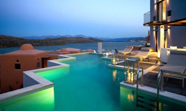 The 6 Breathtaking Luxury Hotels in Greece