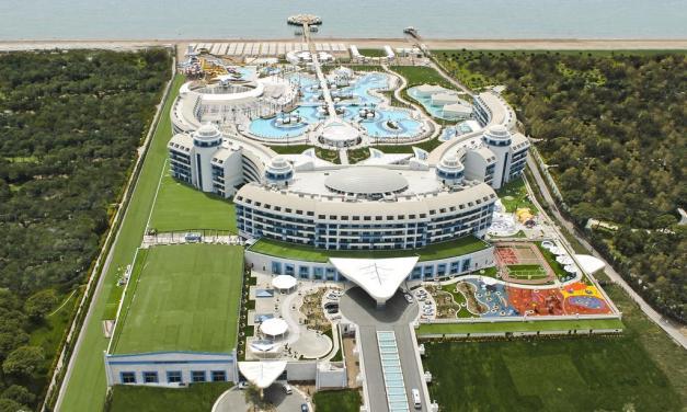 Sueno Hotels Deluxe Belek: Your Luxurious One-Stop Entertainment Hotel in Antalya