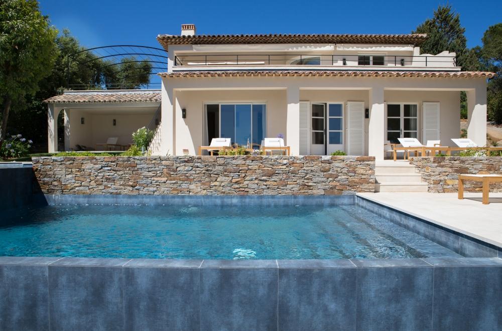 La Reserve Ramatuelle hotel villas pool