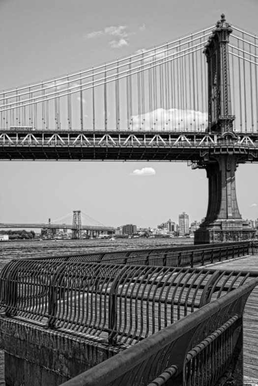 Another shot of the Manhattan Bridge from Brooklyn.