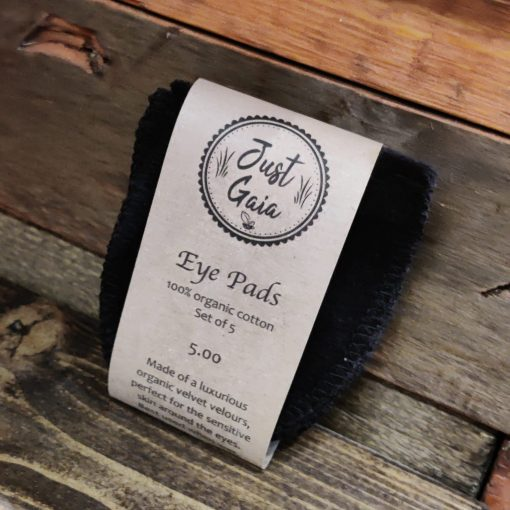 Reusable eye makeup remover pads in Just Gaia