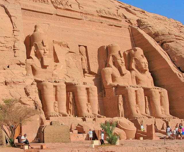 DEN > Cairo + 6 nights: $925
