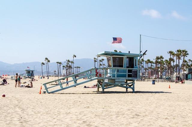 COS > Los Angeles: $77 round-trip