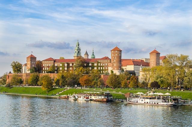 DEN > Nowy Dwor Mazowiecki: $572 round-trip