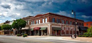 DEN> Birmingham, Alabama: $97 round-trip – Oct-Dec