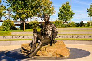 DEN> Louisville, Kentucky: $133 round-trip