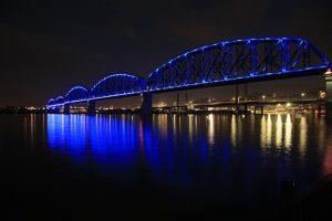 DEN> Louisville, Kentucky: $130 round-trip – Nov-Jan