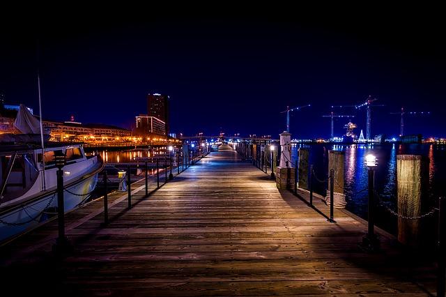 DFW > Norfolk, Virginia: $194 round-trip – Apr-Jun