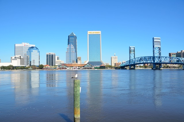 IND > Jacksonville, Florida: $100 round-trip- Feb-Apr (Including Spring Break)